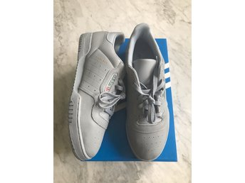 Yeezy Calabasas Powerphase Grey US 10,5 - Adidas